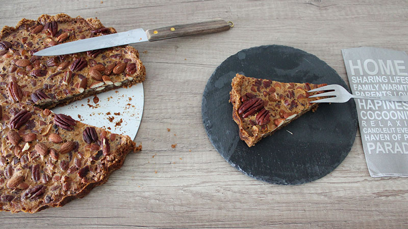 Pekannuss-Mandel-Pie mit Keksboden