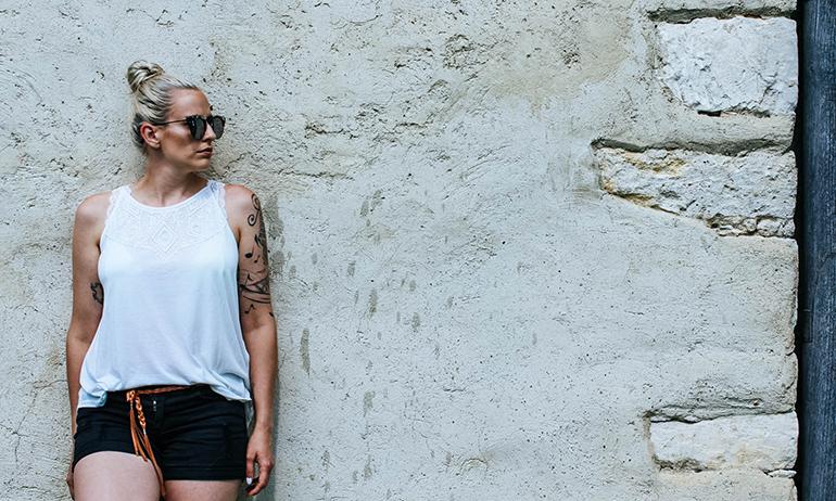OUTFIT: Jeans Shorts & die Liebe zum Bralette