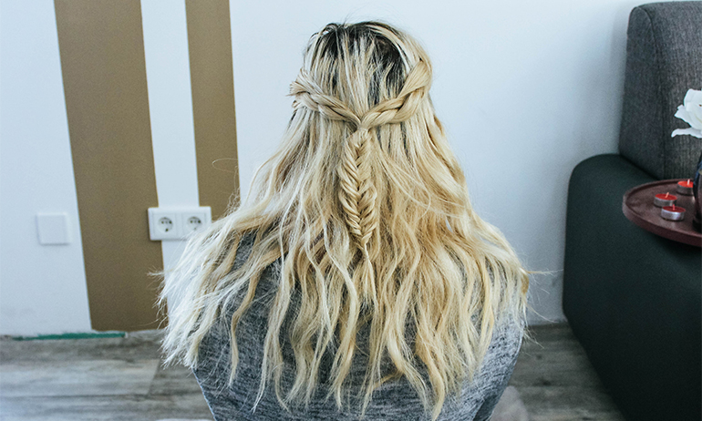 Hairstyle: Halfup Fishtail Braid